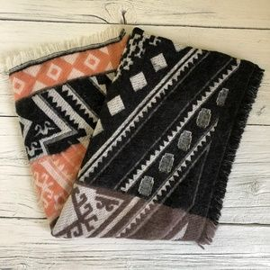 Geometric Design Black/Taupe Scarf